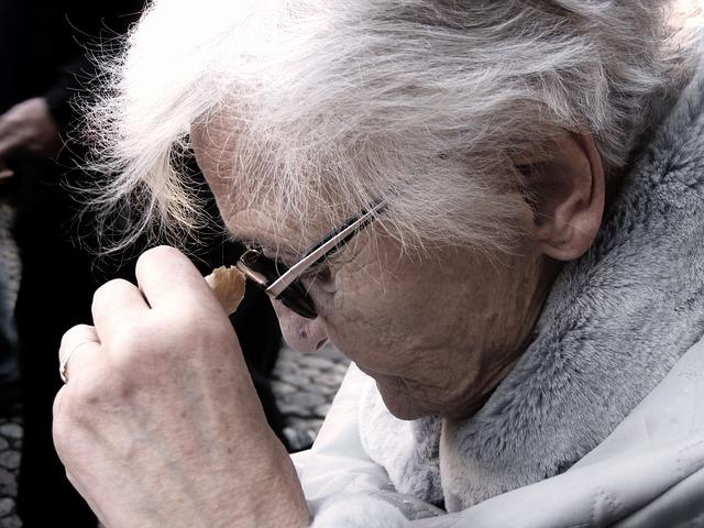 brýle stařenky
