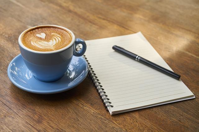 káva u zápisníku